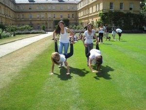 Jugando en el Trinity College